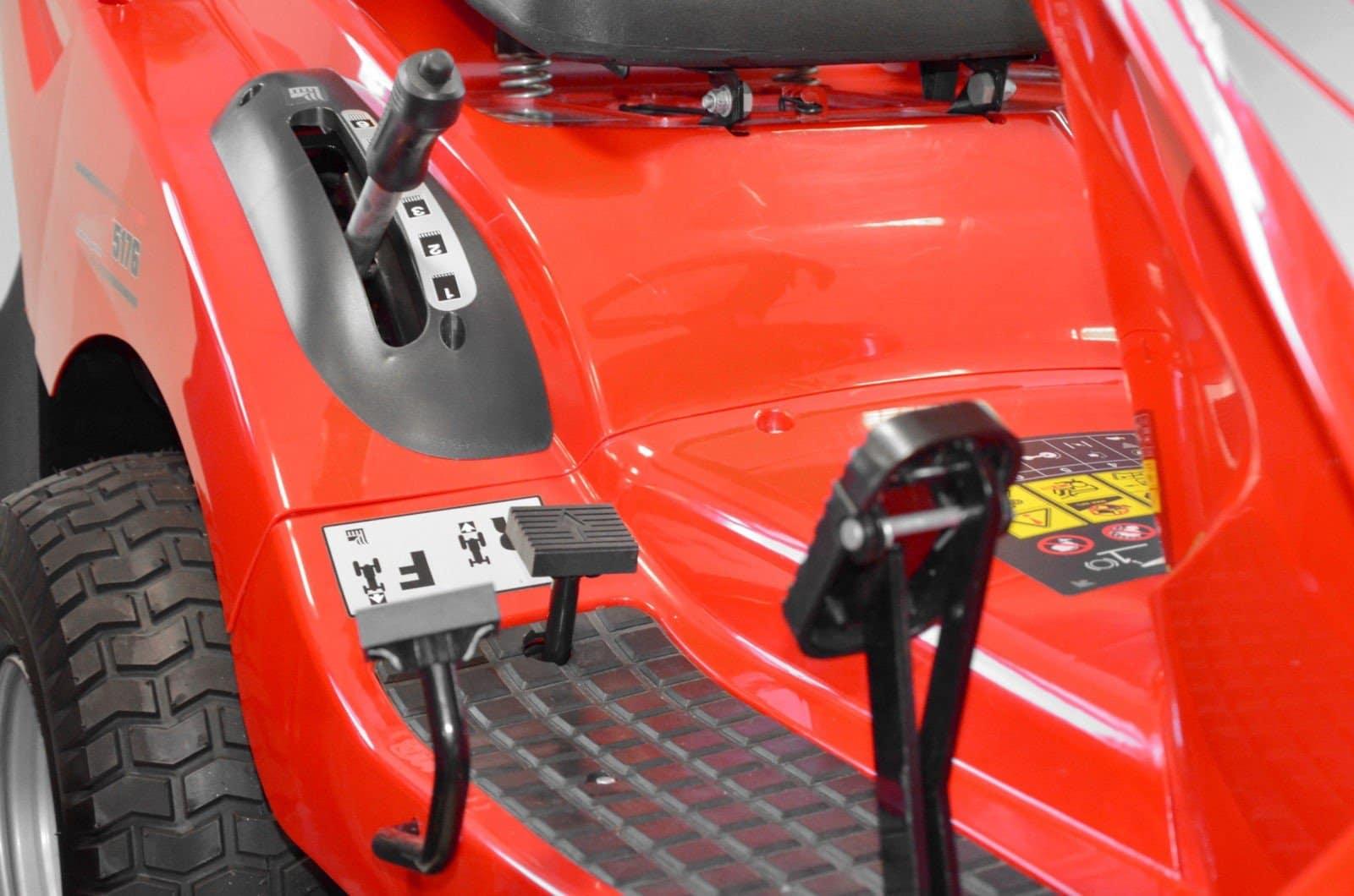 Trator de Relva Hidrostático 16.5hp B&S  HCT 5176