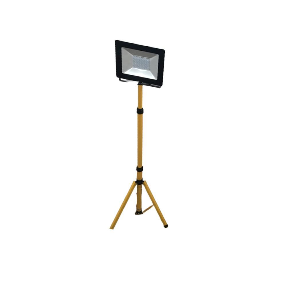 Tripé + Projector 50W