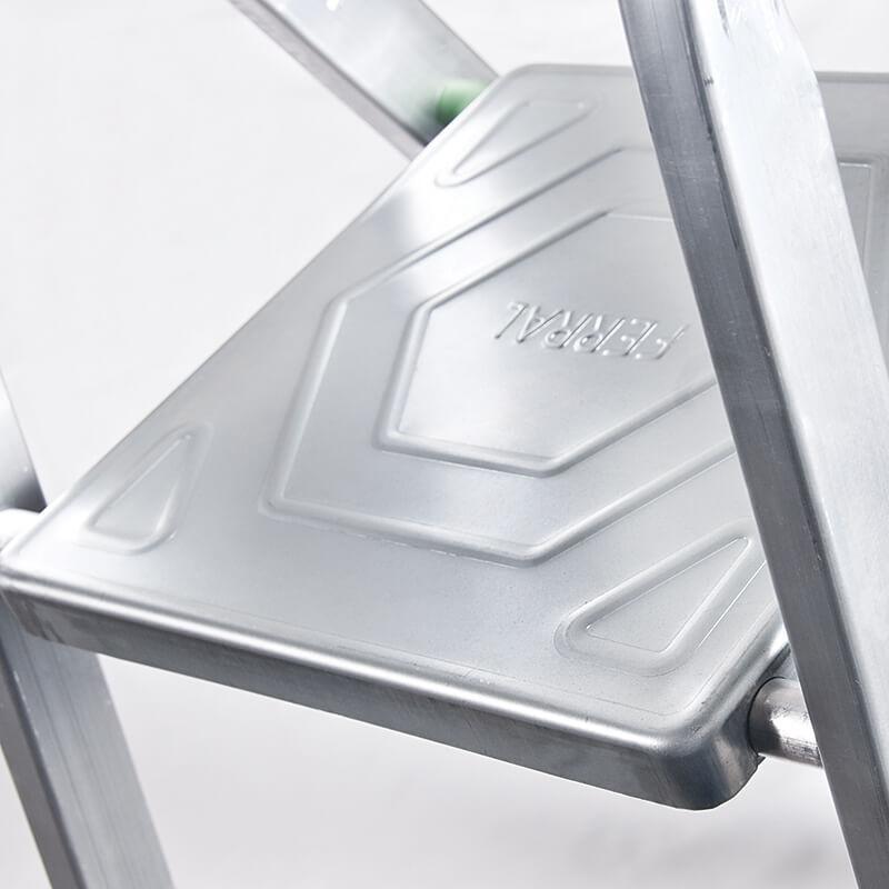 Escadote ECO em Alumínio - FERRAL